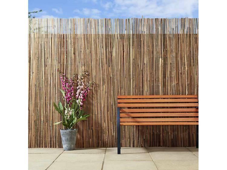 Mata ogrodowa z tyczek bambusowych
